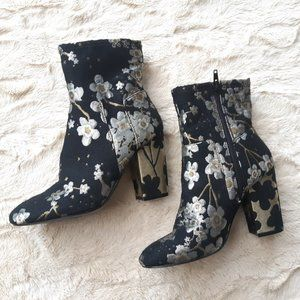 nine west metallic floral boots